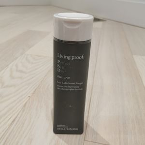 New living proof perfect hair day shampoo